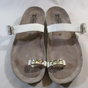 Mephisto White Patent Leather Jewel Toe Sandals 7